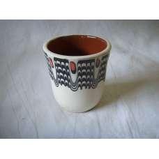 Черно-Бяла 100мл. Чаша Ръчно Изработена От Традиционна Българска Керамика